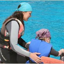 Nina oswaja delfina lub odwrotnie
